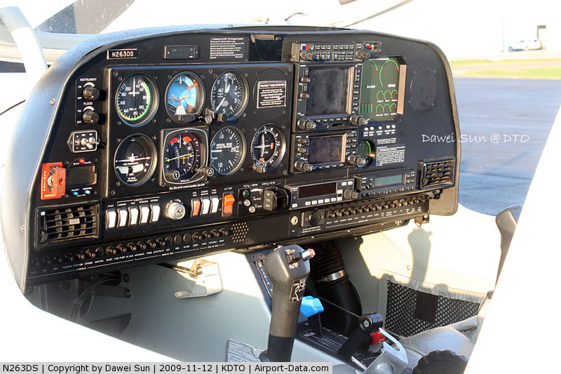 flight club NJ n263ds controls 1